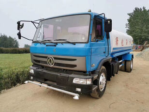 autocisterna DONGFENG  watering sprinkler
