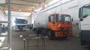 autocisterna na prepravu plynu IVECO 150E23 LPG/GAS CAPACITY 16000LTR + PUMP + LITERS COUNTER