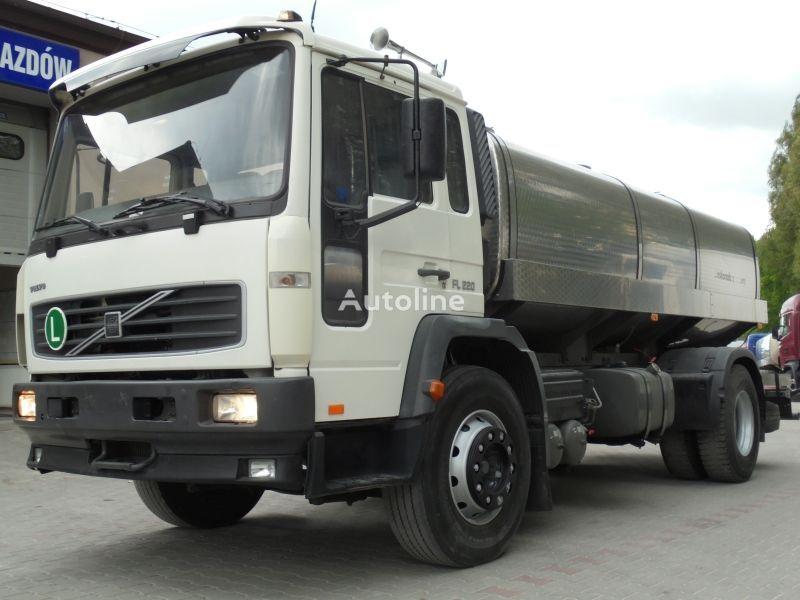 cisterna na mlieko VOLVO FL 220 FL6