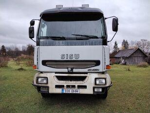 nákladné auto na prepravu dreva SISU E12M