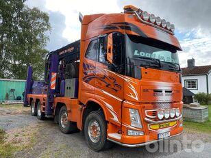 nákladné auto na prepravu dreva VOLVO FH13