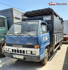 nákladné auto na prepravu zvierat BEDFORD NKR 575/60