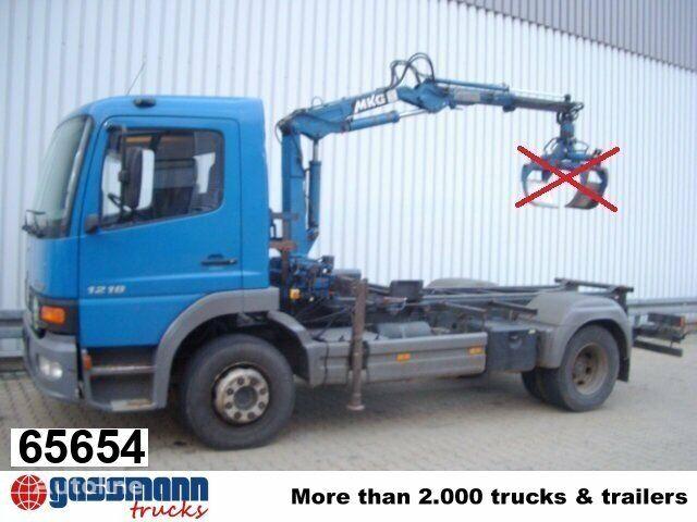 nákladné auto podvozok MERCEDES-BENZ Atego 1218 mit