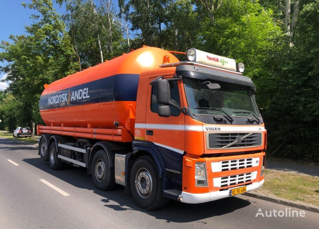 nákladné auto silo VOLVO FM 440