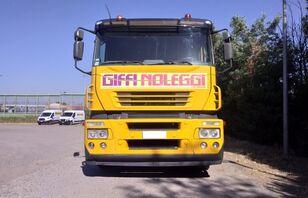 nákladné vozidlo na prepravu automobilov IVECO Magirus