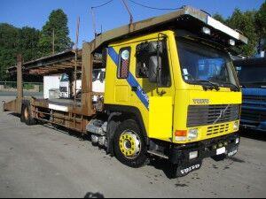 nákladné vozidlo na prepravu automobilov VOLVO FL10