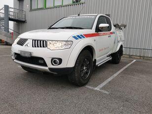 odťahové vozidlo MITSUBISHI L200