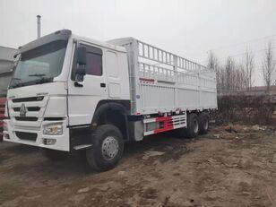 skriňové auto HOWO Cargo truck