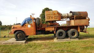 vojenský náklaďák TATRA 148