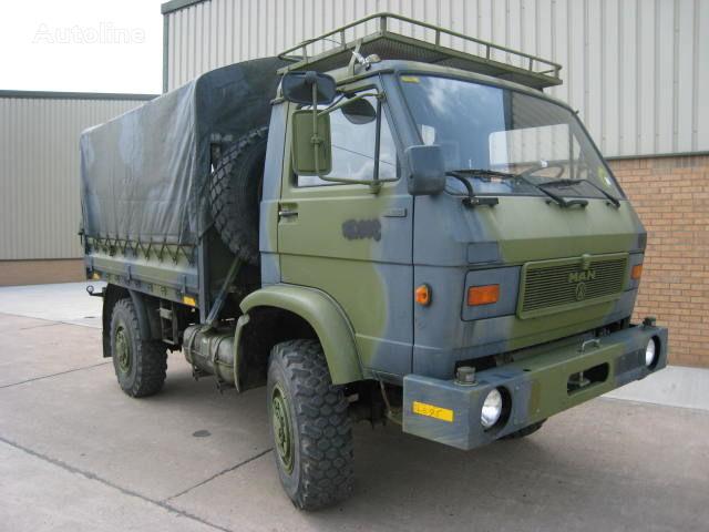 vojenský náklaďák MAN 8.136