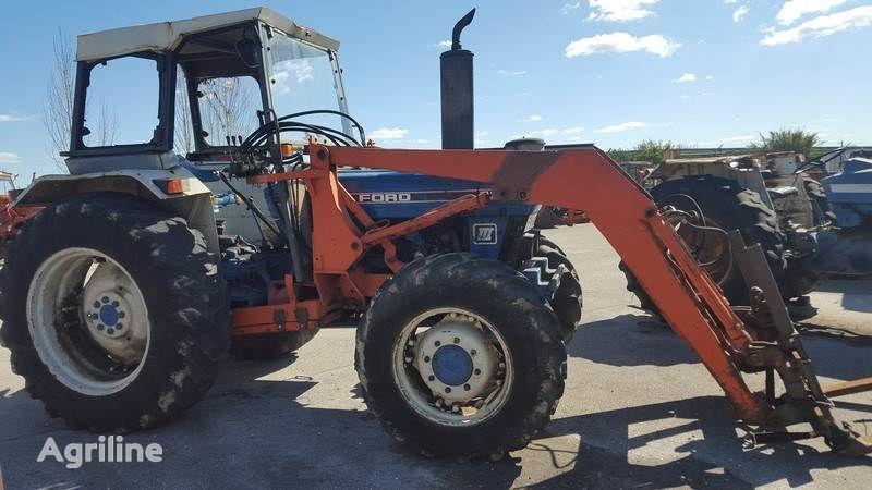 kolesový traktor FORD 7610