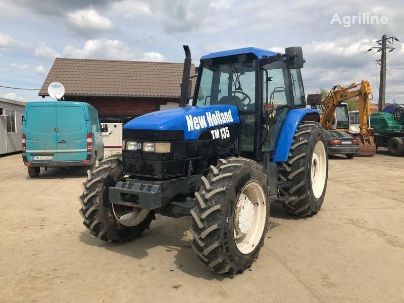 kolesový traktor NEW HOLLAND M135
