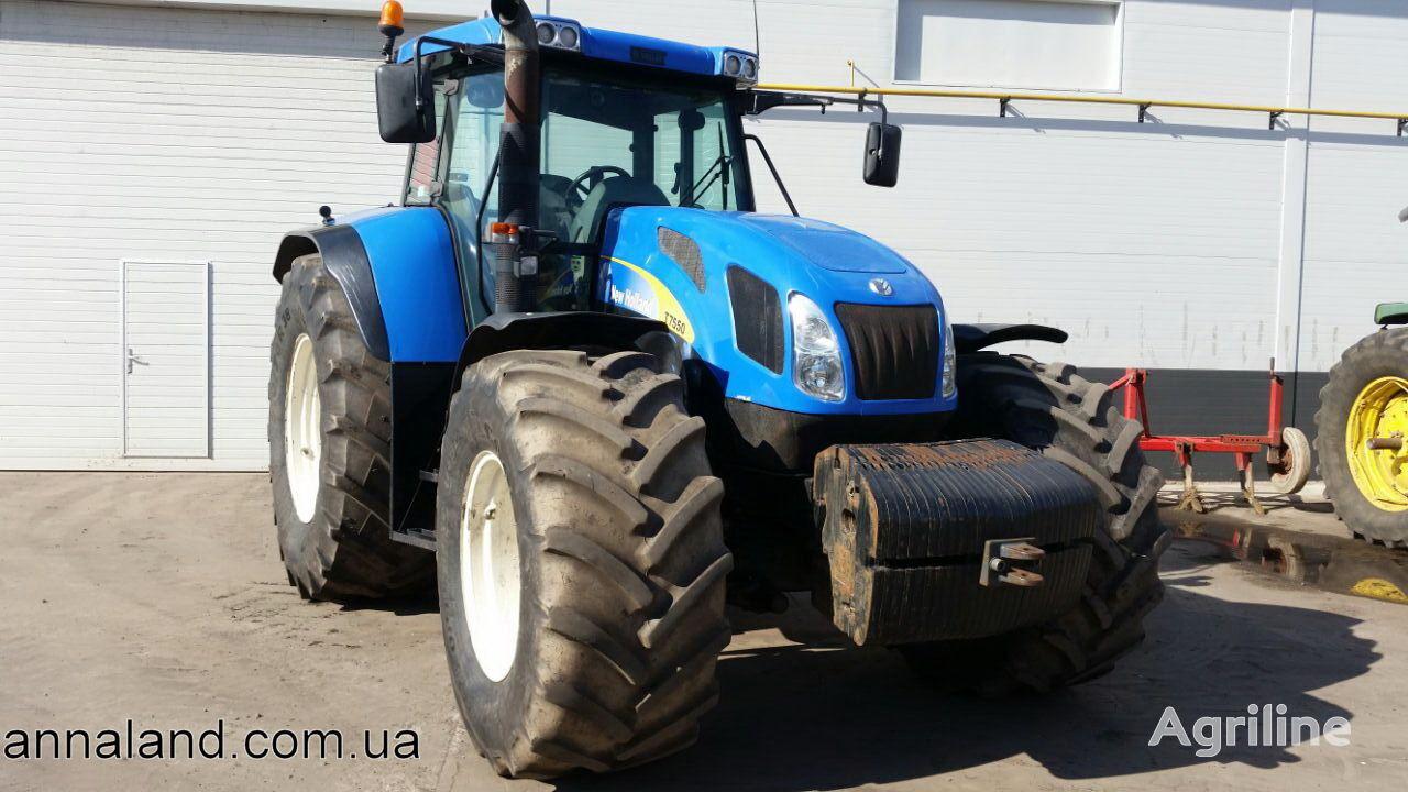 kolesový traktor NEW HOLLAND T7550