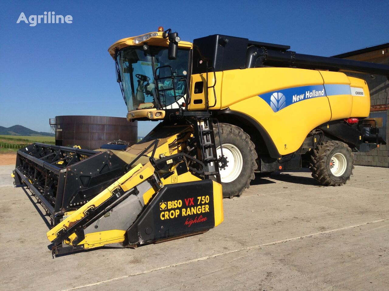 kombajn NEW HOLLAND CX 8090
