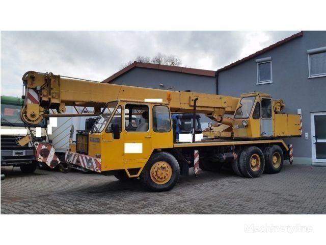 autožeriav LIEBHERR LT1025-25t-Allrad 33 m 2x Seilwinde Kranwagen