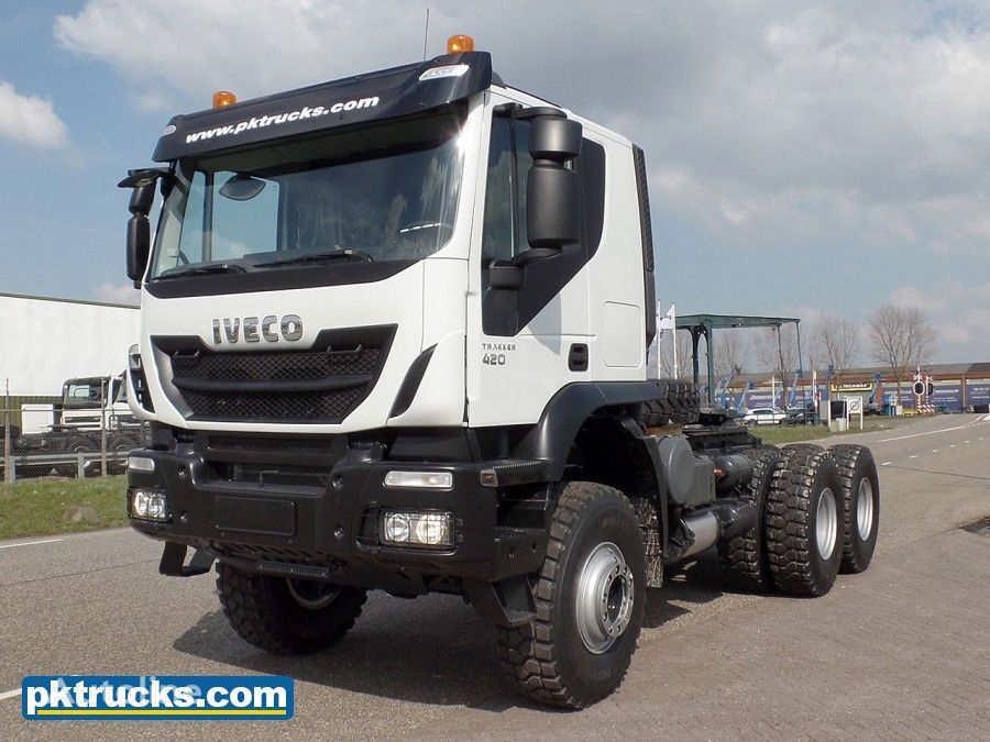 nový ťahač IVECO Trakker AT720T42WTH (15 Units)