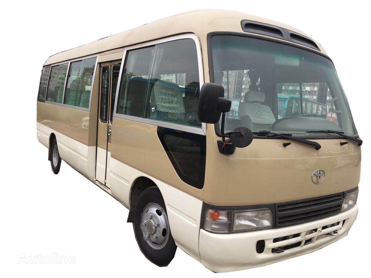 turistický autobus TOYOTA