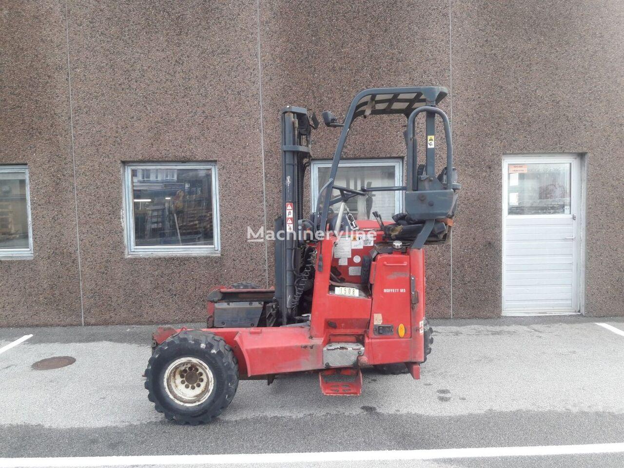 vysokozdvižný vozík montovaný na vozidlá MOFFETT M5 25.3